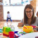 חוק הפיקוח על המעונות | יערה שילה | מומחית לגיל הרך, מייסדת 'חינך מלידה' ומרצה בנושא חינוך